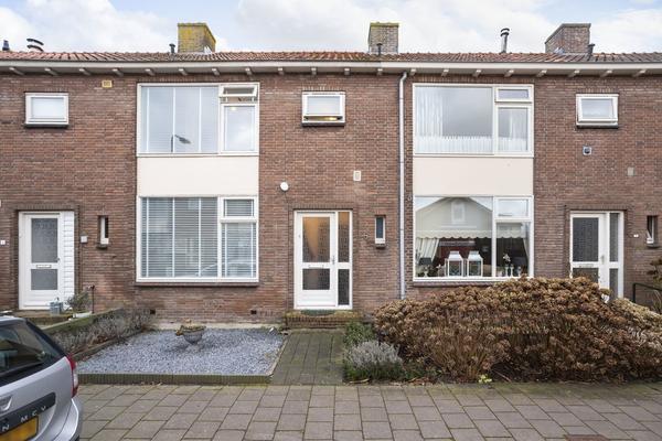 Breeweer 5 in Ouderkerk Aan Den IJssel 2935 CA