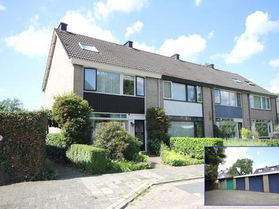 Karel Doormanlaan 100 in Papendrecht 3354 XJ
