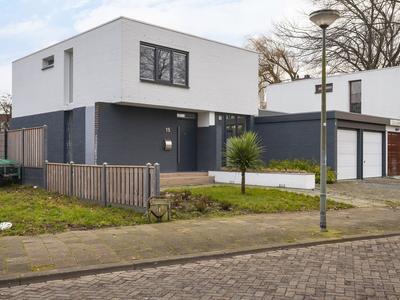 Laan Van Spieringshoek 15 in Schiedam 3118 LL