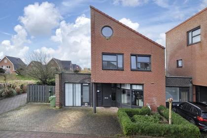 Marga Klompeland 24 in Heerhugowaard 1705 JD
