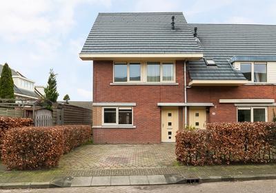 Gerrit Achterbergstraat 26 in Almere 1321 PJ