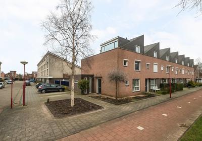Bartokstraat 30 in Oud-Beijerland 3261 WD