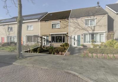 Regentenlaan 32 in Middelburg 4336 GW