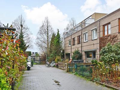 Breuerlijn 15 in Zoetermeer 2728 AT