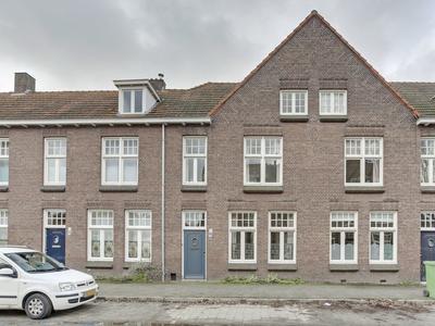 Robert Regoutstraat 66 in Roermond 6042 CN