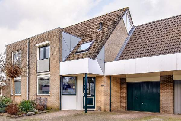 Hazeleger 25 in Zeewolde 3892 WH