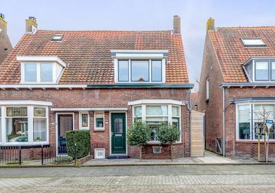 Admiraal De Ruyterstraat 21 in Sliedrecht 3361 VA