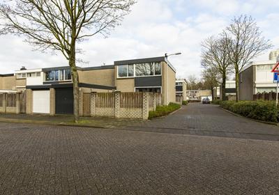 Hindemithstraat 2 in Tilburg 5011 AE