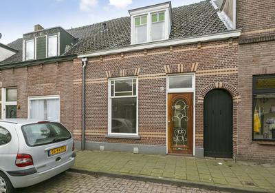 Dijklaan 87 in Breda 4814 CB