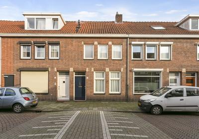 Oscar Leeuwstraat 12 in Tilburg 5046 NA