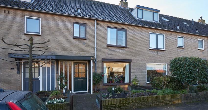 Van Mijndenlaan 40 in Loosdrecht 1231 XC