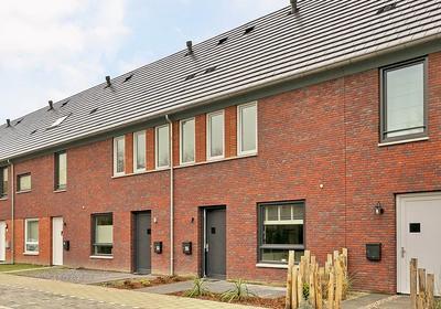 Langstraat 55 in Etten-Leur 4876 WD