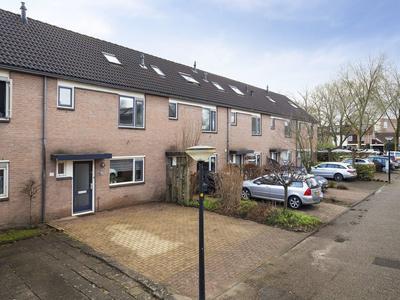 Van Roekelweg 17 in Apeldoorn 7335 HB