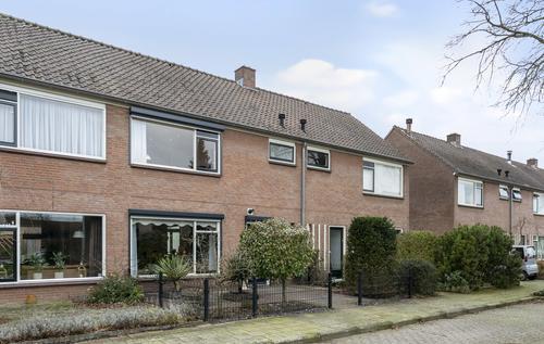 Prins Willem-Alexanderlaan 36  LOCHEM