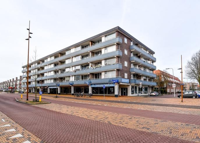 Vechtstraat 8 in IJmuiden 1972 TG