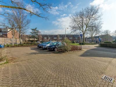 Eemhof 34 in Ridderkerk 2987 EA