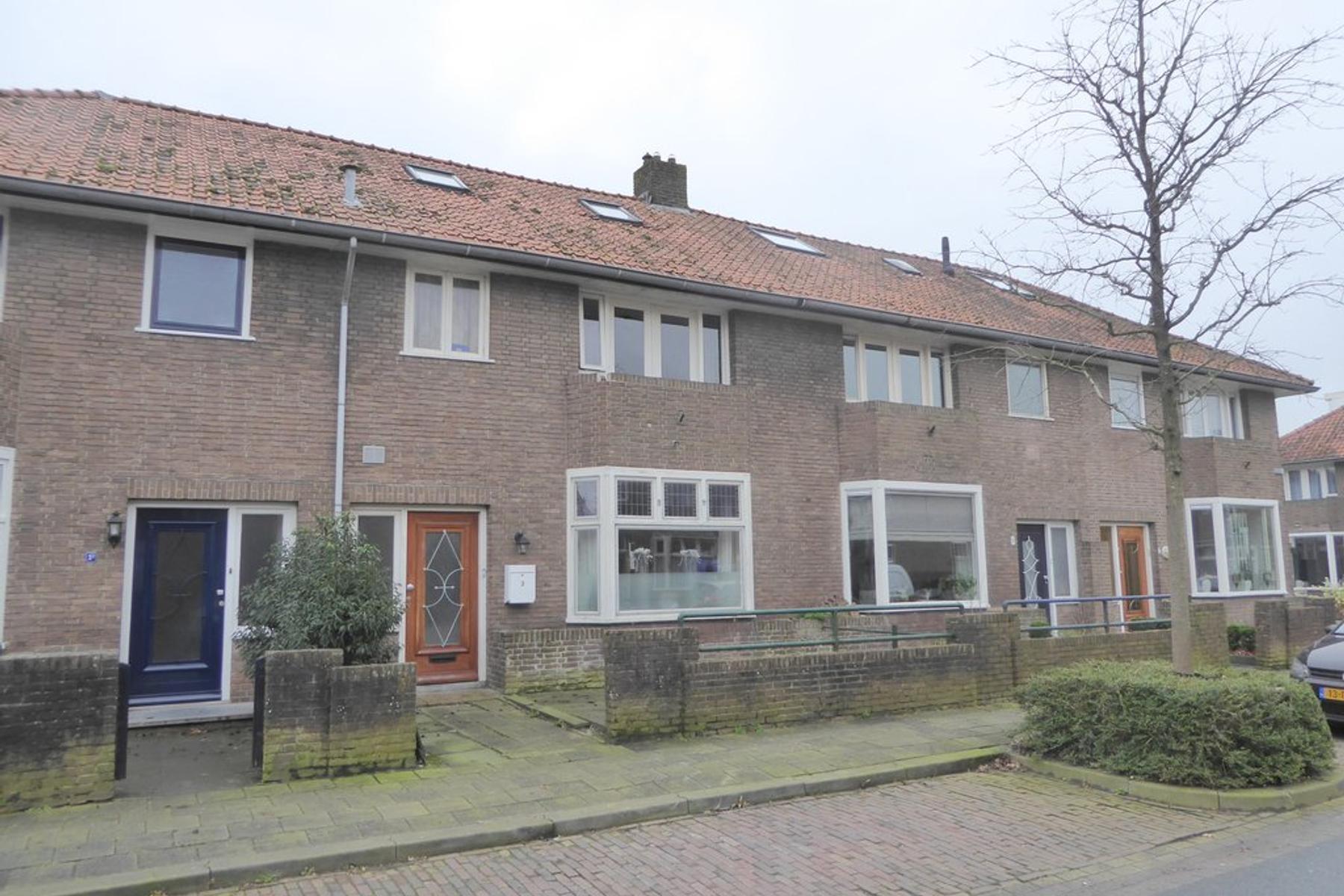 Ferdinand Bolstraat 3 in Leeuwarden 8932 JK