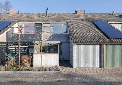 Varenmeent 8 in Hilversum 1218 AP