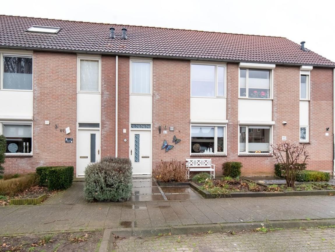 Kievit 69 in Rijssen 7462 ZL