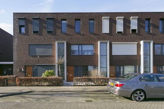 Teslastraat 205 in Roosendaal 4702 PP