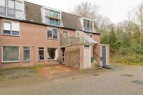 Crosestein 2040 in Zeist 3704 NH