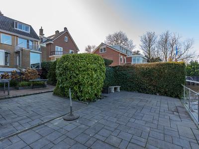 Ringdijk 446 in Ridderkerk 2983 GS