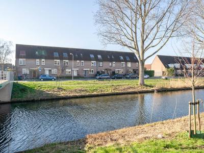 Venloweg 64 in Almere 1324 DN