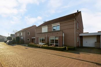 Van Sonsveldstraat 7 in Horst 5961 SJ
