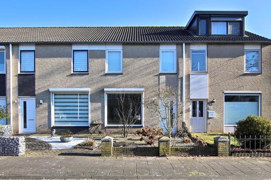 Hindeloopenstraat 90 in Tilburg 5045 GJ