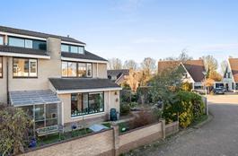 Poggenbeekstraat 2 in Duiven 6921 NA