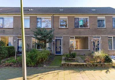 Eikendreef 87 in Ridderkerk 2982 CJ