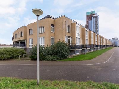 Dokhof 24 in Ridderkerk 2987 RB