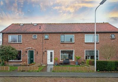Nicolaas Beetsstraat 11 in Alphen Aan Den Rijn 2406 XC