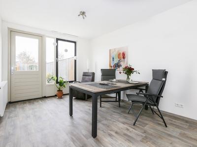 Florastraat 101 in Boven-Leeuwen 6657 AR