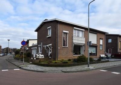 Oranje Nassaustraat 9 in Landgraaf 6372 CJ
