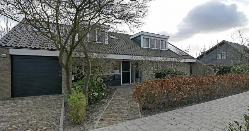 Treebord 24 in Reeuwijk 2811 EA
