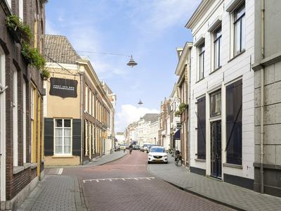 Paradijsstraatje 10 in 'S-Hertogenbosch 5211 HT