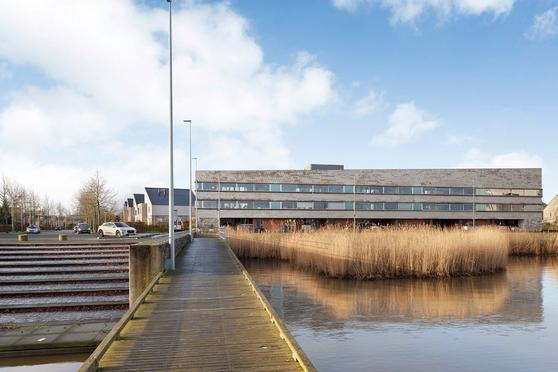 Gooimeerpromenade 102 in Huizen 1277 ER