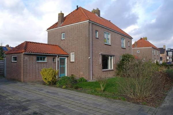 Breestraat 11 in Middenmeer 1775 BJ