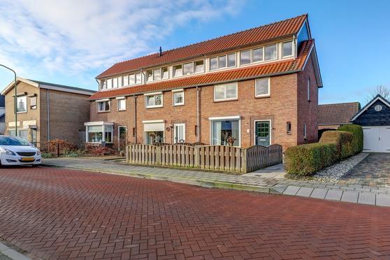 Prins Bernhardlaan 5 in Nieuwendijk 4255 VC