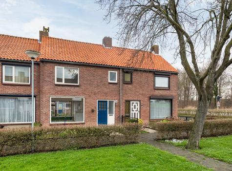 Heesbeenstraat 9 in Zevenbergen 4761 EV