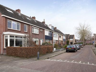 Vechtstraat 1 in Nijverdal 7442 EM