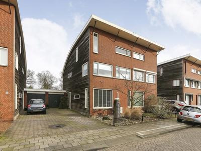 Platte Molendijk 43 in Hoogvliet Rotterdam 3194 KE