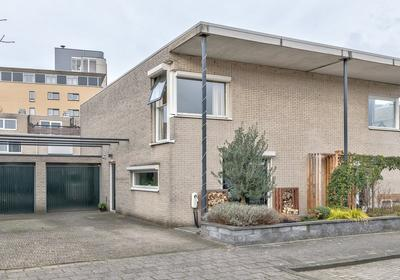 Alida Tartaud-Kleinstraat 73 in Rotterdam 3066 JH