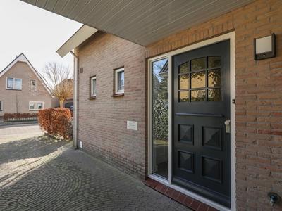 Landleeuw 38 in Hoofddorp 2131 HW