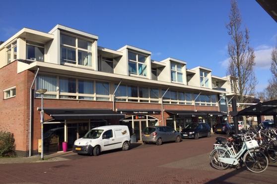 Stationsweg 106 in Heiloo 1852 LN