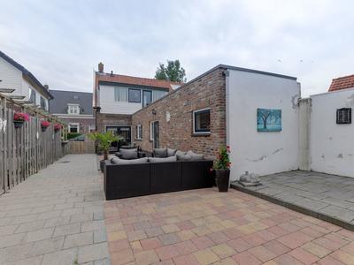 Wilhelminastraat 19 in Hardinxveld-Giessendam 3373 AR