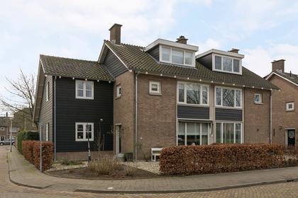 Wilhelminasingel 7 in Hendrik-Ido-Ambacht 3341 EP