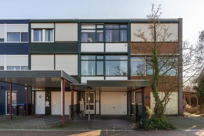 Abeelstraat 127 in Winterswijk 7101 LE