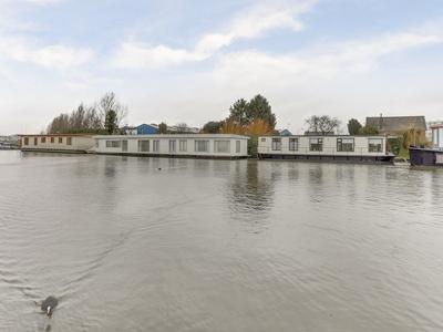 Kanaal Van Steenenhoek Zz 11 in Gorinchem 4202 LS